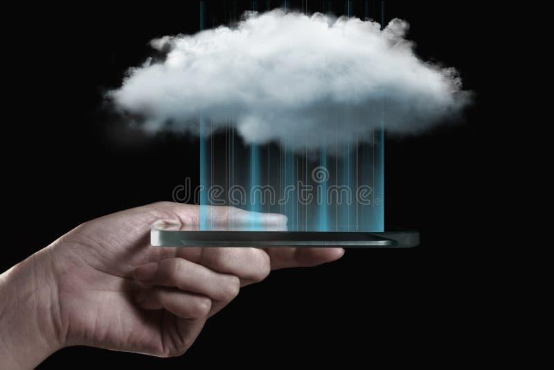 Tecnologia di computazione della nuvola con lo smartphone fotografia stock libera da diritti