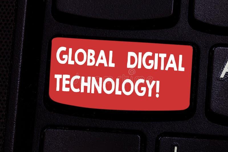 Tecnologia digitale globale del testo della scrittura Informazioni digitalizzate significato di concetto sotto forma di chiave di fotografie stock