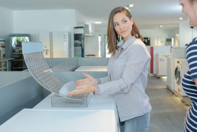 Tecnologia na máquina de lavar imagem de stock