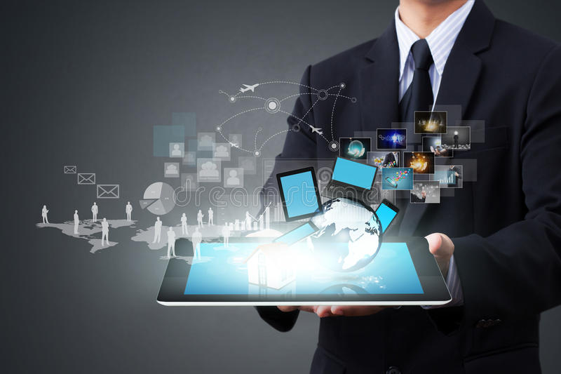 Tecnologia sem fios moderna e meios sociais fotos de stock royalty free
