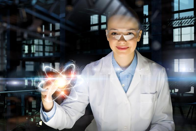 Tecnologias inovativas na ciência e na medicina Meios mistos imagem de stock royalty free