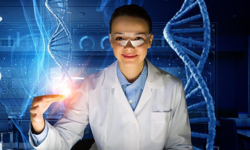 Tecnologias inovativas na ciência e na medicina Meios mistos imagem de stock