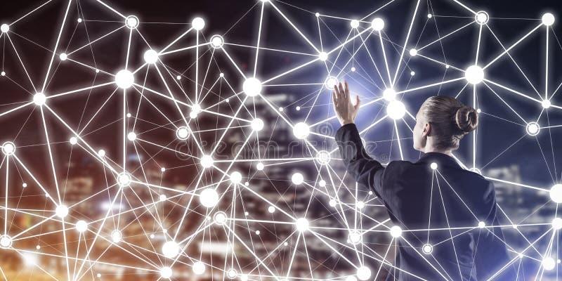 Tecnologias sem fios e trabalhos em rede modernos como a ferramenta para o effectiv ilustração stock