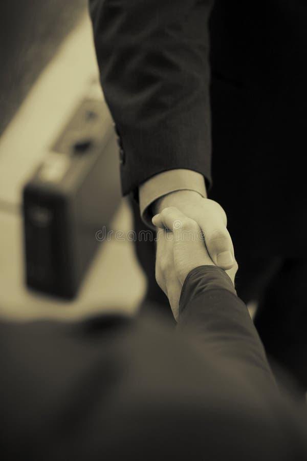 teczka interesu uścisk dłoni obrazy stock