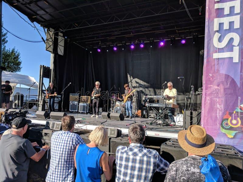 Ted Band Performing cero en la etapa principal el viernes en JazzFest 2018 fotos de archivo