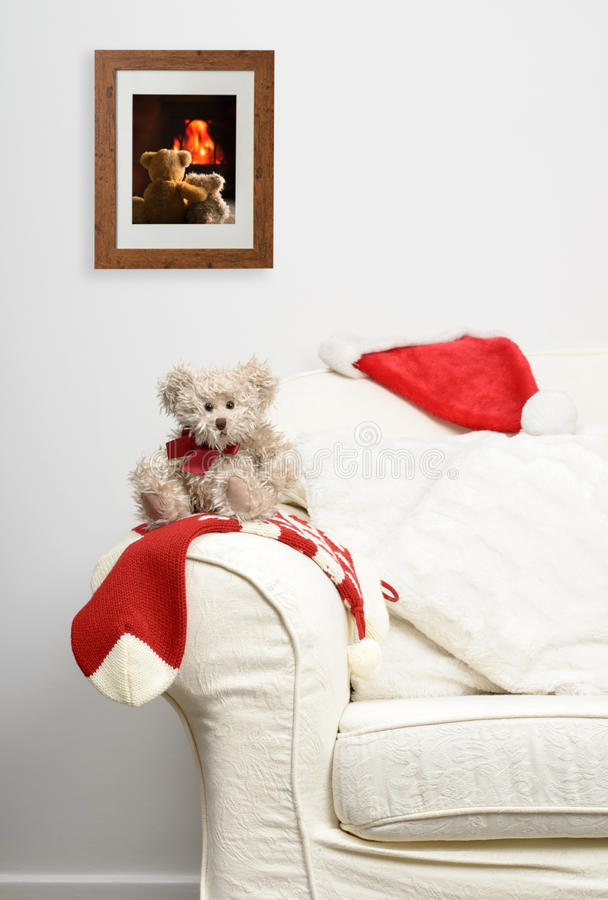 Teddy που περιμένει τα Χριστούγεννα στοκ εικόνα