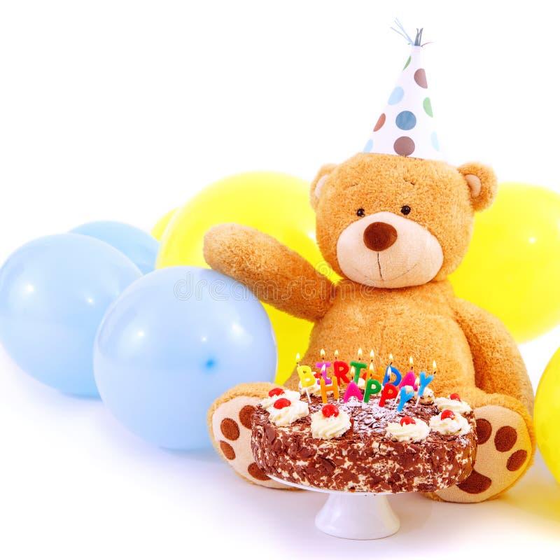 Teddy Bear avec le gâteau d'anniversaire photo stock