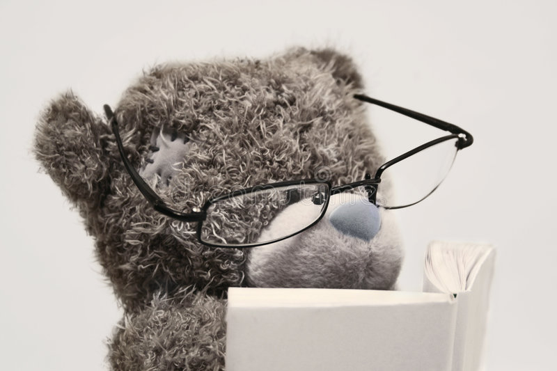 Download Teddy Bear Reading Book Royalty Free Stock Photos - Image: 1839098
