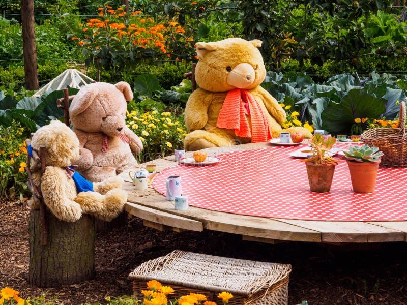 Teddy Bears `-picknick arkivbild