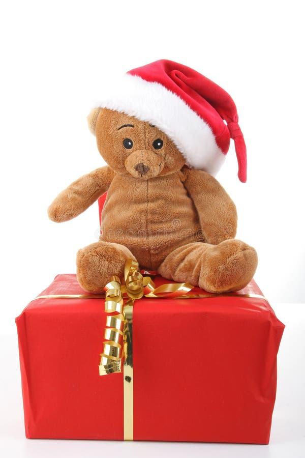 Teddybär und Geschenk lizenzfreie stockfotografie
