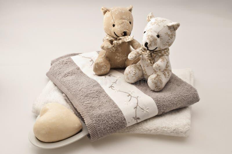 Download Teddyberen en badconcept stock foto. Afbeelding bestaande uit badkamers - 10779042
