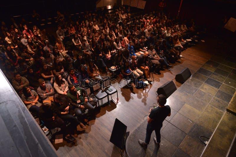 里面TEDxYouth 2016年会议 免版税图库摄影
