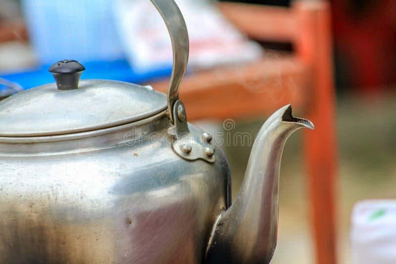 Tee des Moenings stockfotos