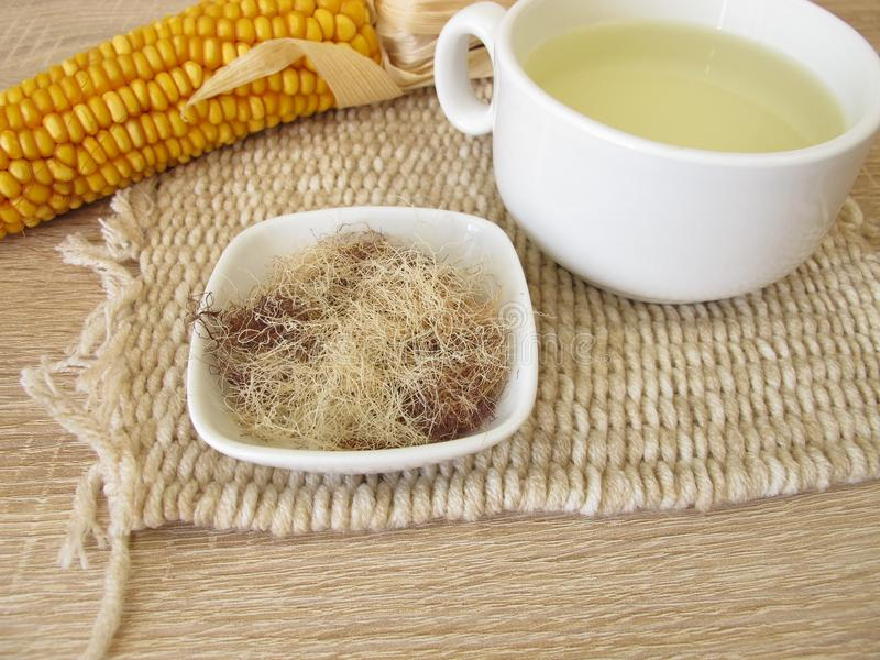 Tee mit Maisseide, Maydis-Schande lizenzfreie stockfotografie
