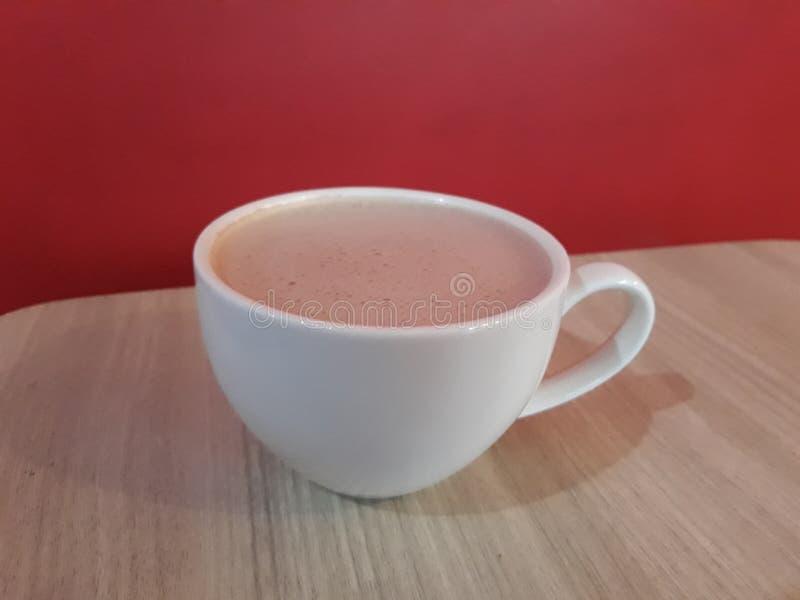 Tee-Schale für Morgenzeit stockfotos