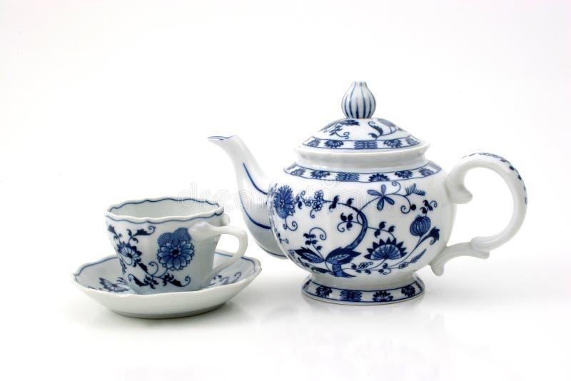 Teekanne mit Cup stockfoto