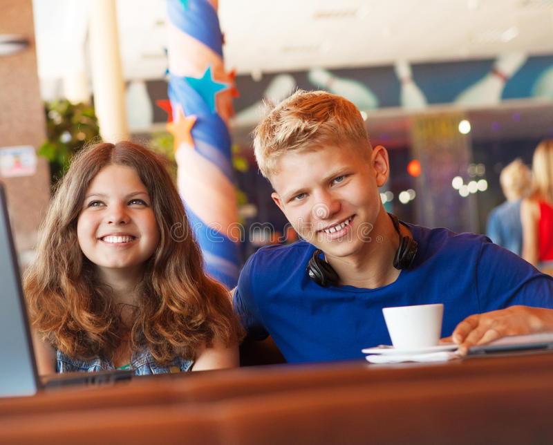 Teenage Boy And Girl In Cafe Stock Photography