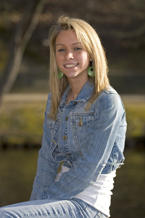 Free Teenage Girl Royalty Free Stock Photo - 4715955
