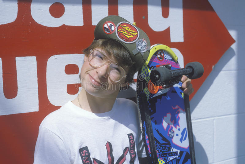 A teenage skateboarder at the Dairy Queen,Otis, OR royalty free stock photos