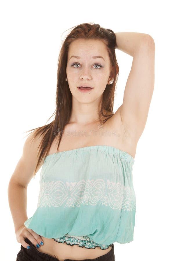 Teenager con la cima colpita del tubo del fronte fotografie stock