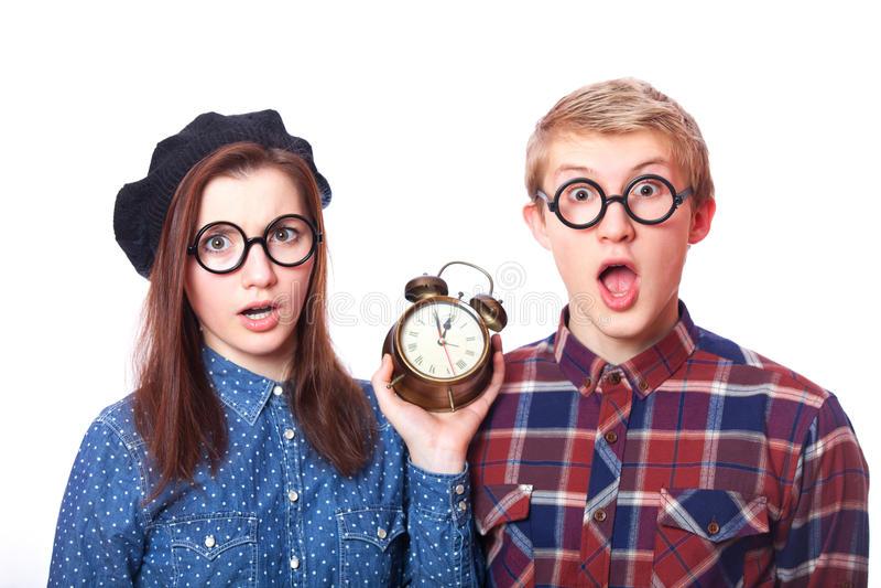 Teenager mit Uhrwarnung. lizenzfreies stockbild