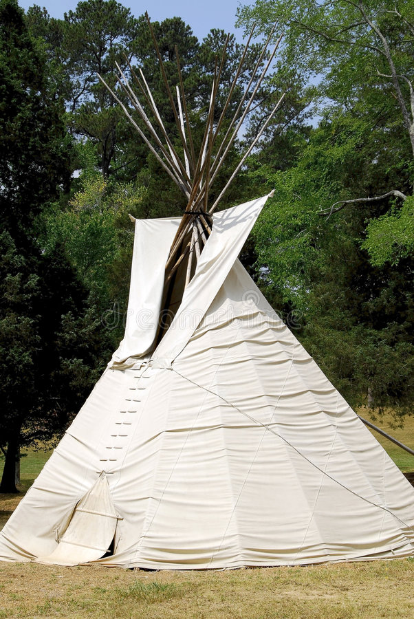 Free Teepee Royalty Free Stock Image - 2576096