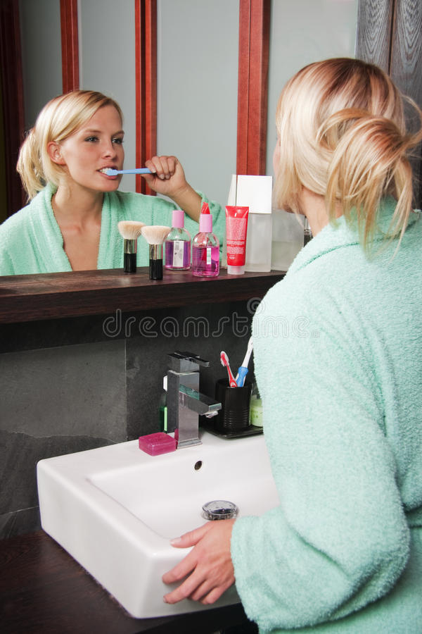 Teeth_brushing_1 royalty free stock photography