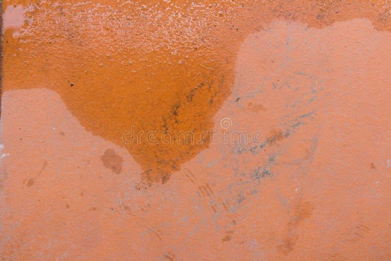 Tegelplattabakgrund och vatten royaltyfri bild