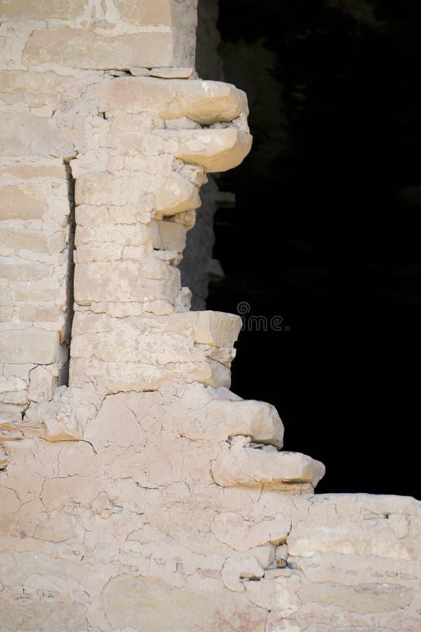 Tegelsten på klippaboningen, mesa-verdenationalpark, colorado, USA royaltyfri fotografi