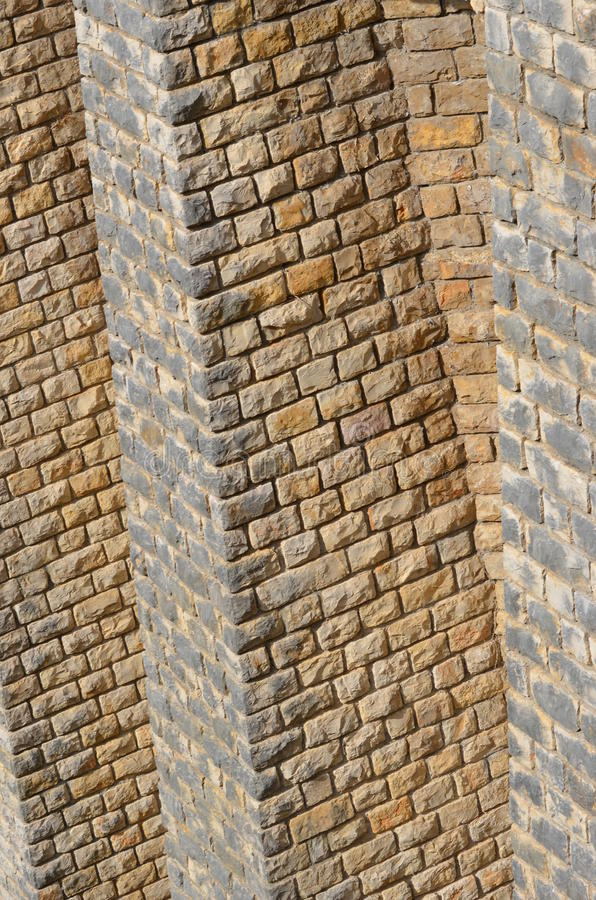 Tegelstenarna av Moustiers-Sainte-Marie royaltyfria bilder