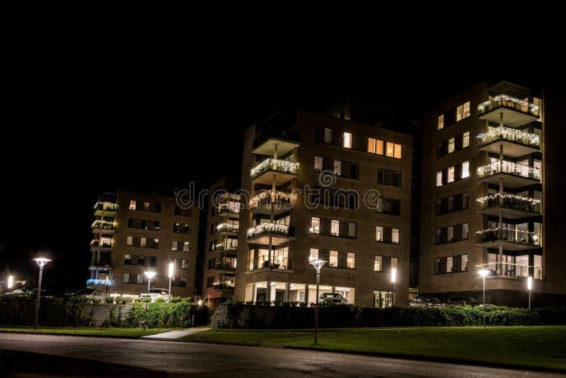 Teglbakken, las nuevas altas casas en más impar imagen de archivo libre de regalías