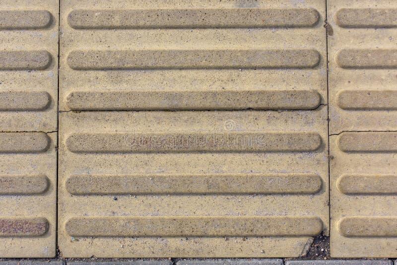 Tegola di cemento armato con il fondo di struttura del modello delle bande immagine stock libera da diritti