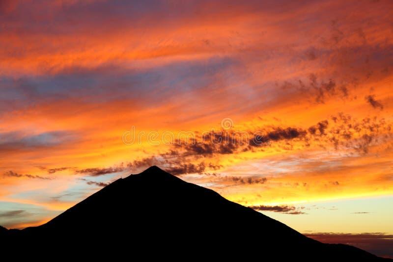 Teide, Tenerife bij zonsondergang royalty-vrije stock foto