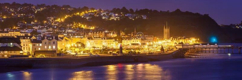 Teignmouth en la noche Devon England imagen de archivo libre de regalías