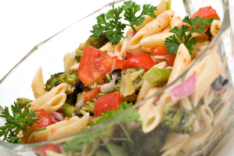 Teigwaren-Salat lizenzfreie stockfotos
