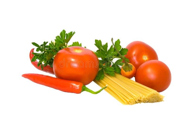 Teigwaren und Gemüse lizenzfreie stockfotografie