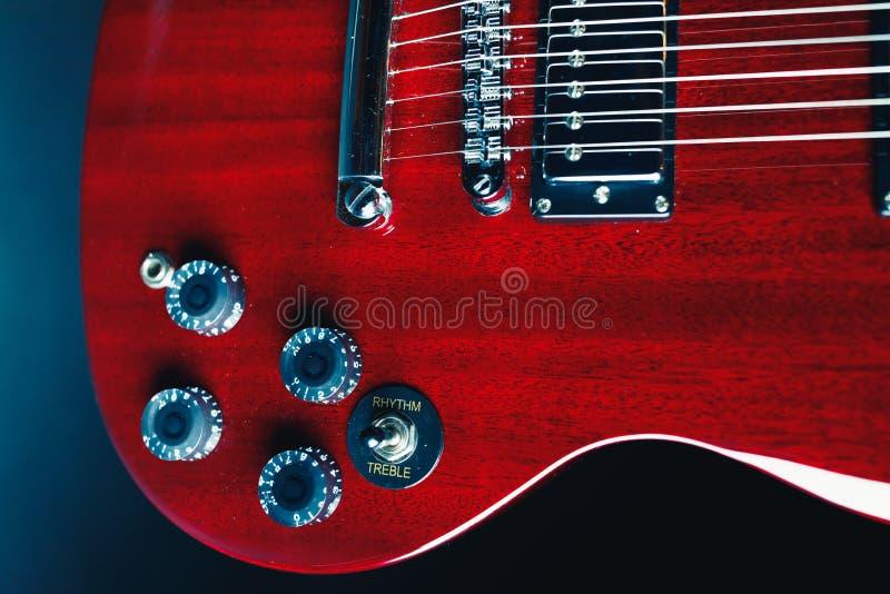 Teil der roten Gitarre lizenzfreie stockbilder