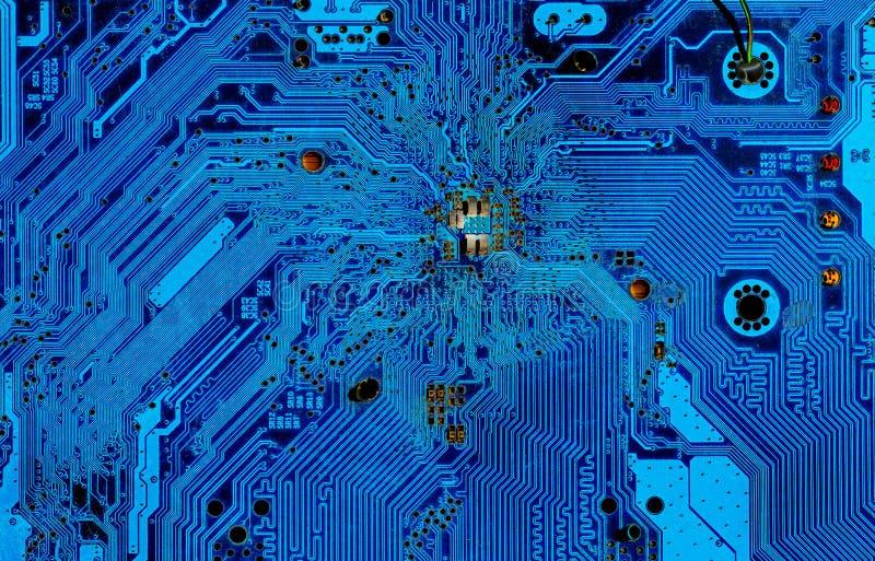 Teil des Motherboards im Blau stockbild