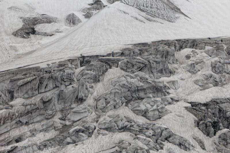 Teil des Pasterze-Gletschers in den Alpen in Österreich stockbilder