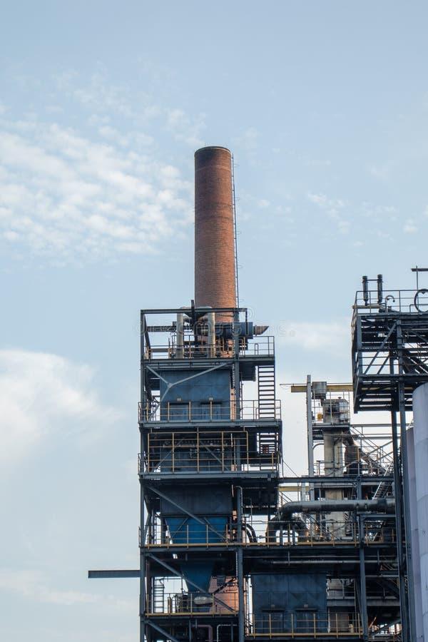 Teil einer Kohlenstofffabrik stockfotografie