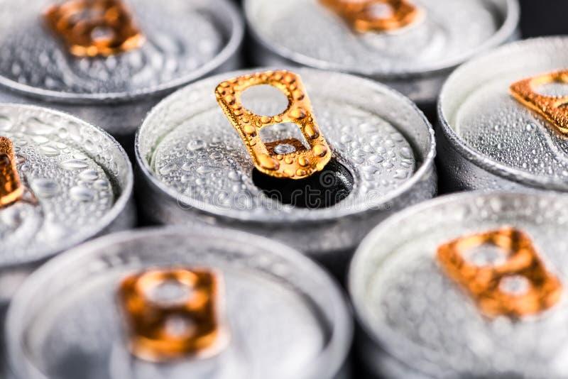 Teil Energie-Getränke, Selektiver Fokus Stockfoto - Bild von metall ...