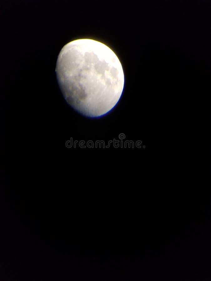 Teilweiser Mond lizenzfreie stockfotos