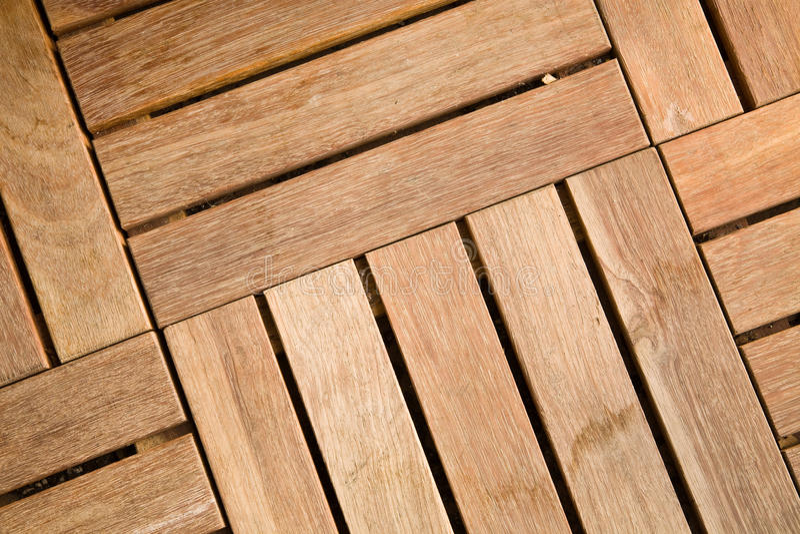 Teja de madera al aire libre del decking imagen de archivo libre de regalías