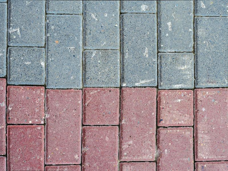 Teja de piedra de dos diversos colores foto de archivo