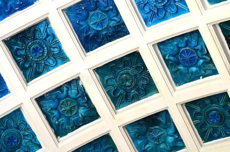 Teja decorativa de la porcelana foto de archivo