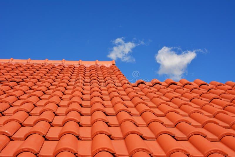 Teja roja de la textura del tejado imágenes de archivo libres de regalías