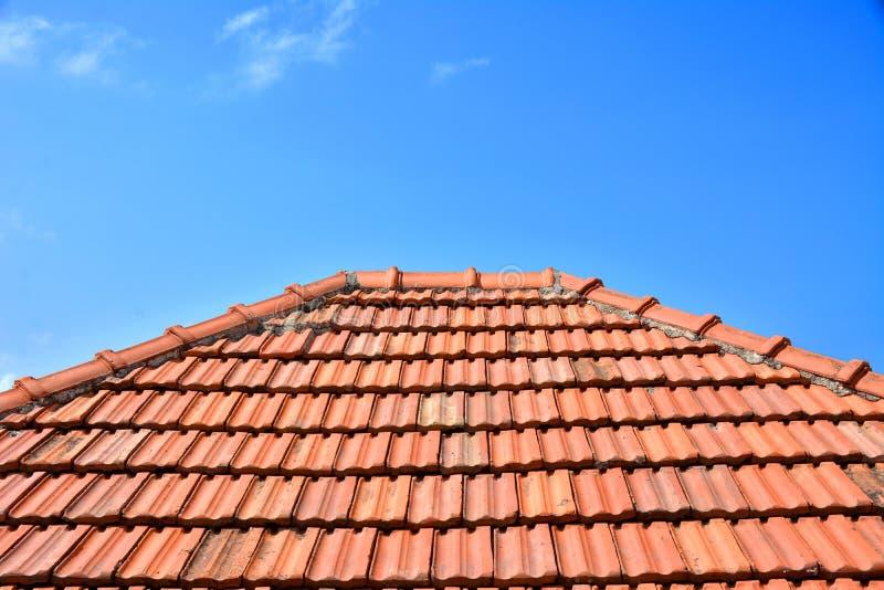 Teja roja vieja de la textura del tejado imagen de archivo