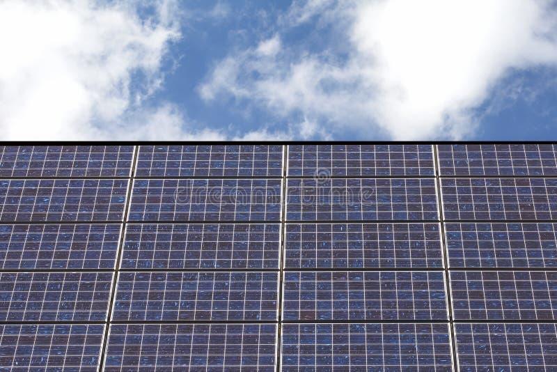 Tejado del panel solar fotografía de archivo libre de regalías