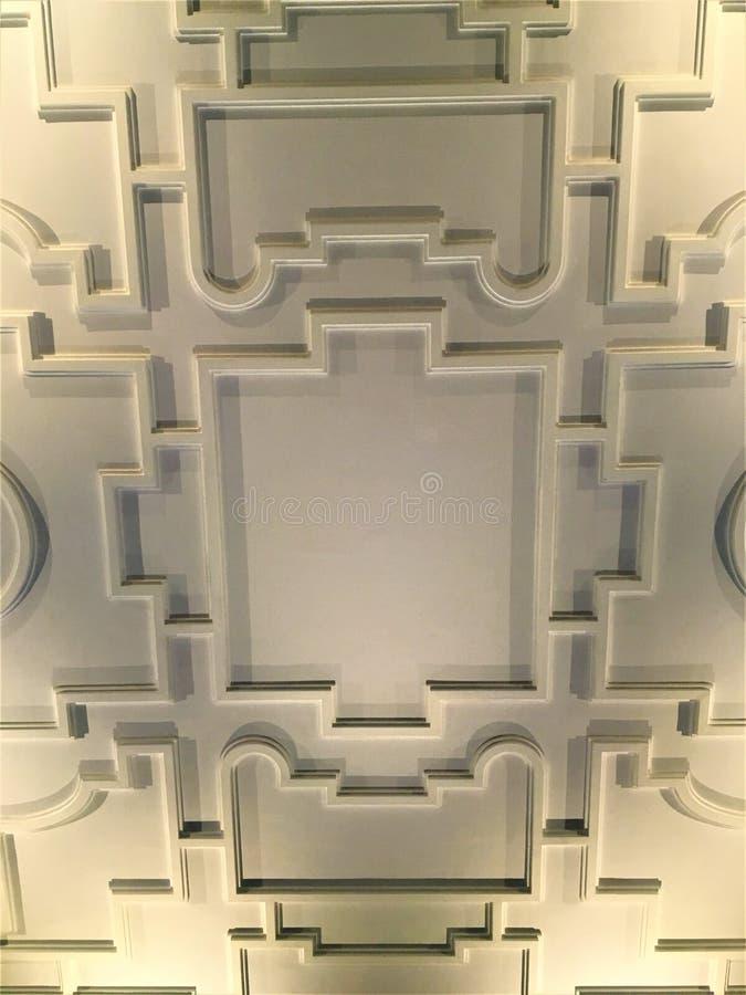 Tejado geométrico y formas Istituto Nazionale di Ricerca Metrologica INRIM en la ciudad de Turín, Italia imágenes de archivo libres de regalías