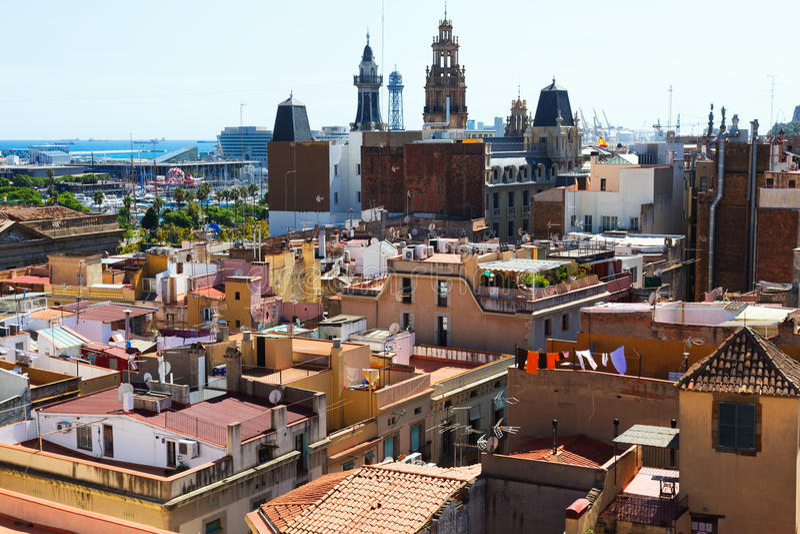 Tejados de la ciudad vieja de Santa Maria Del Mar Barcelona foto de archivo libre de regalías
